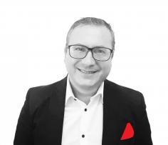 Salvatore Avino cross hub